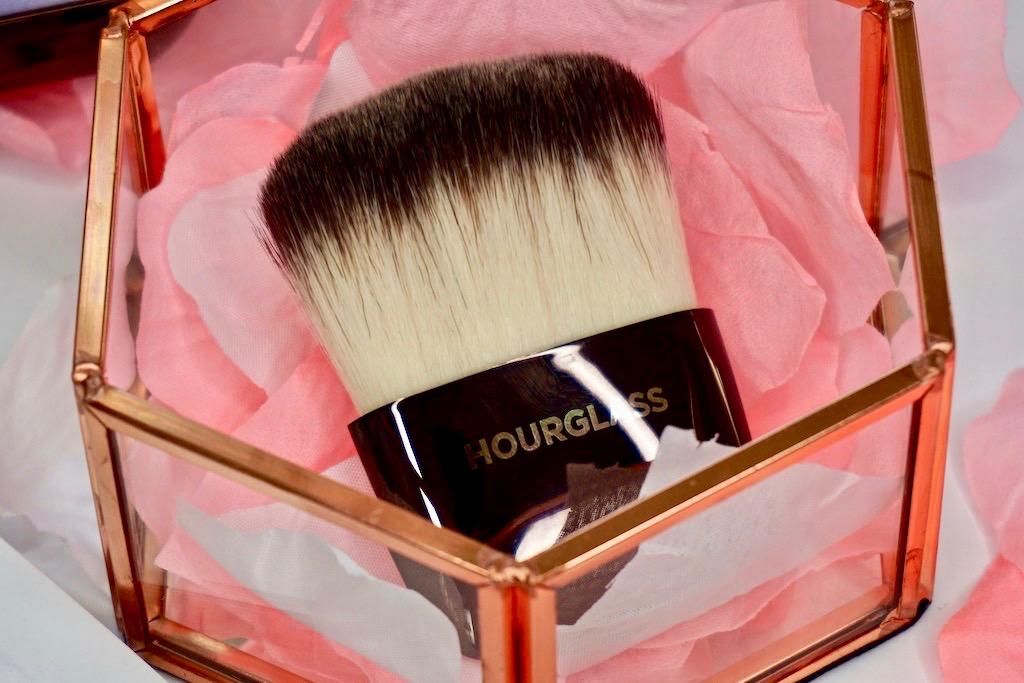 Hourglass Ambient Powder Brush