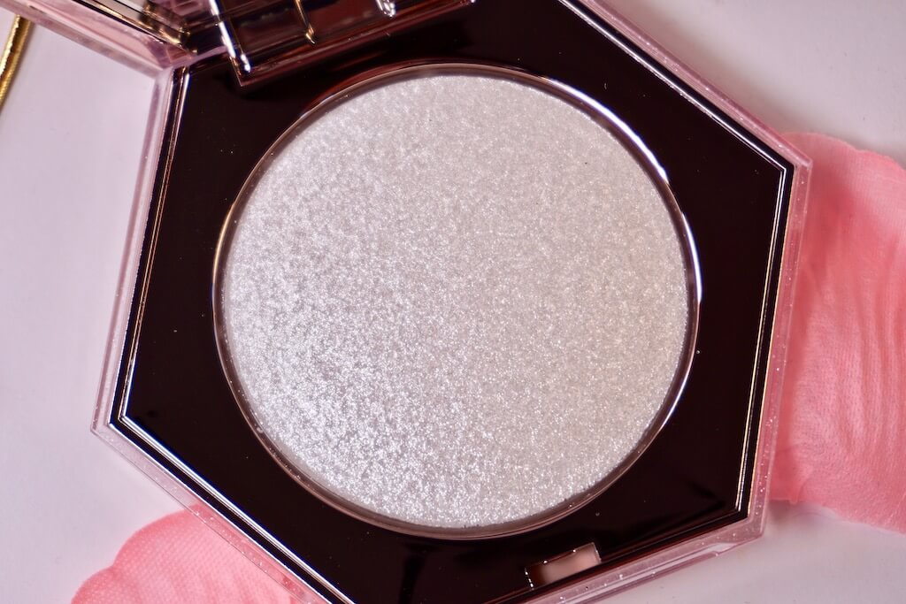 Fenty Beauty Diamond Bomb All-Over Diamond Veil 'How Many Carats?' Highlighter