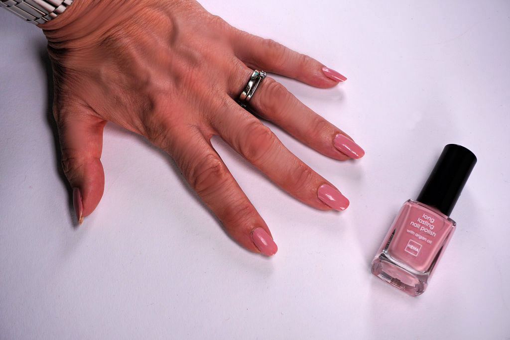 Hema Longlasting Nagellak Divine Pink, Nightsky Blue & Golden Yellow Review