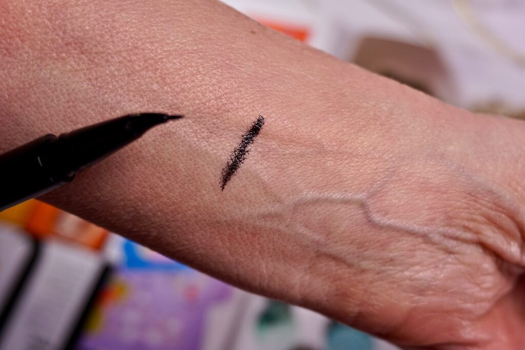 Shiseido Arch Liner Ink Eyeliner Review