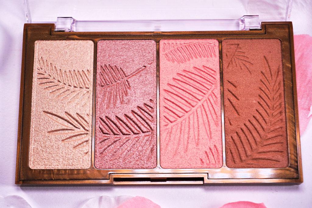 HEMA Highlight & Bronzing Palette Review