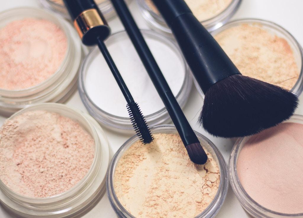 Blogger Tag: Favoriete Make-up producten eerste helft 2019 | Eveline