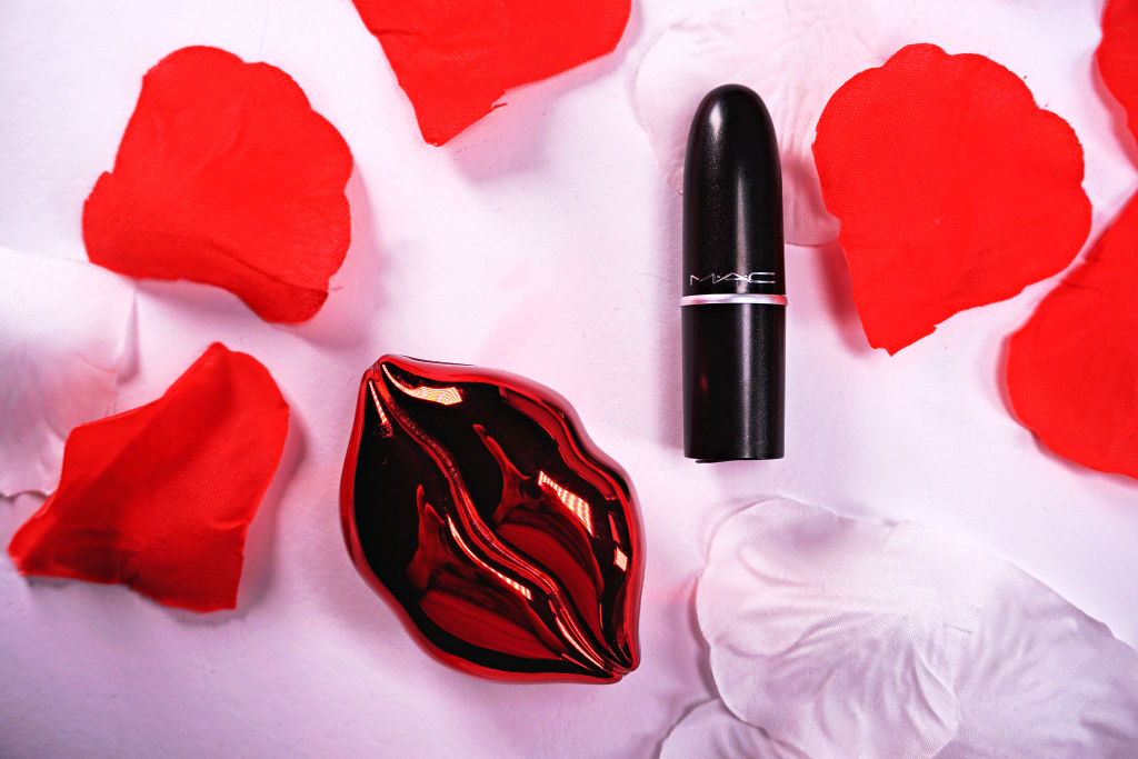 MAC Ruby Woo Lipstick (Matte) Review