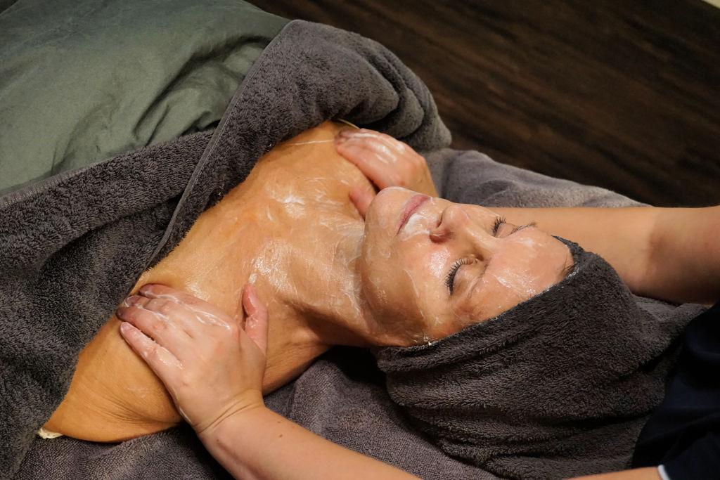 Stap 2: reinigen & masseren