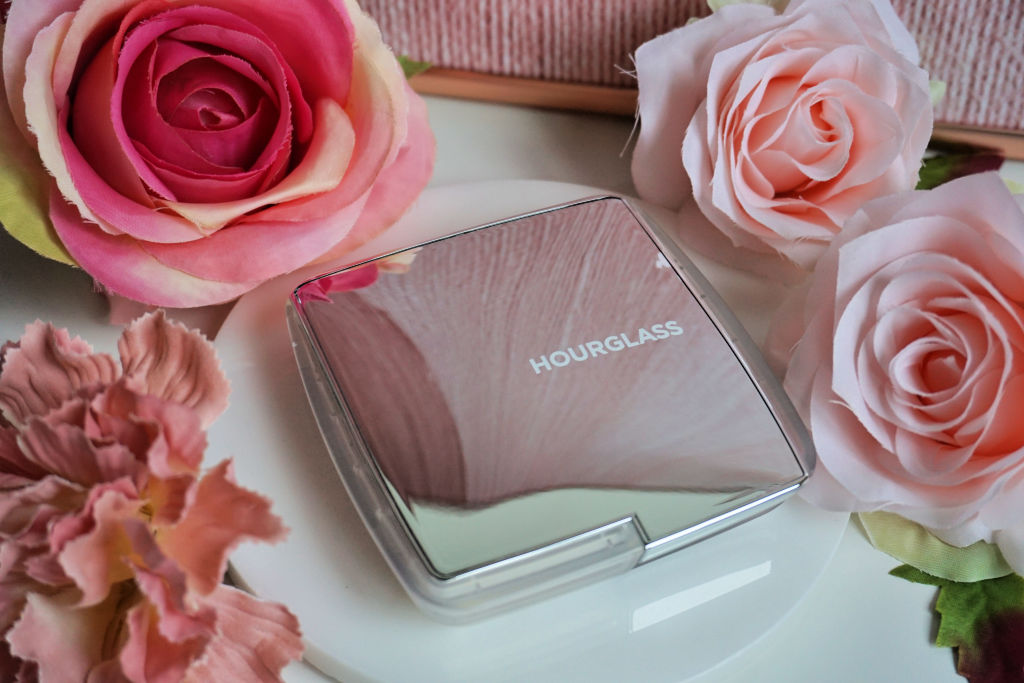 Hourglass Ambient Lighting Blush Quad Ghost Review