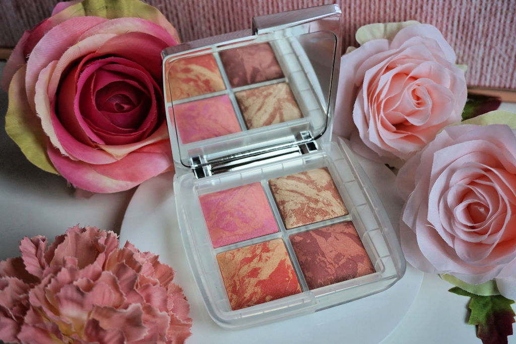 Hourglass Ambient Lighting Blush Quad Ghost