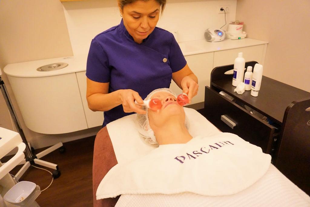 Pascaud gezichtsbehandeling