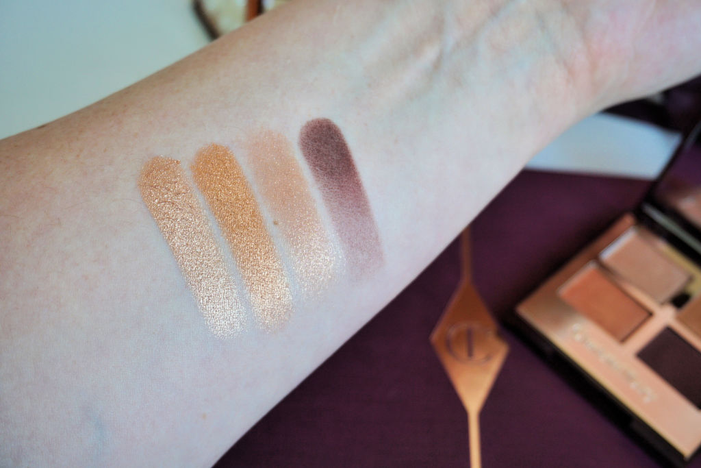 Charlotte Tilbury The Queen of Glow Luxury Palette Review