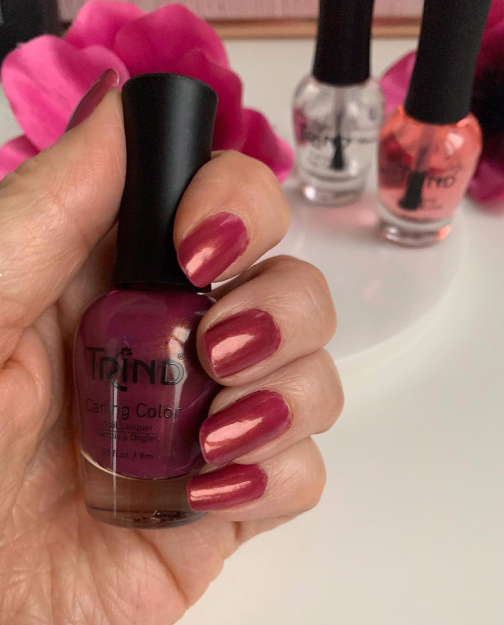 Trind nagellak Purple Zinnia review