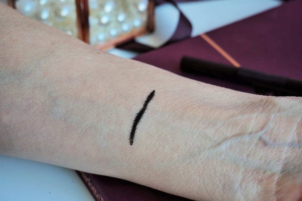 Charlotte Tilbury The Feline Flick Eyeliner review