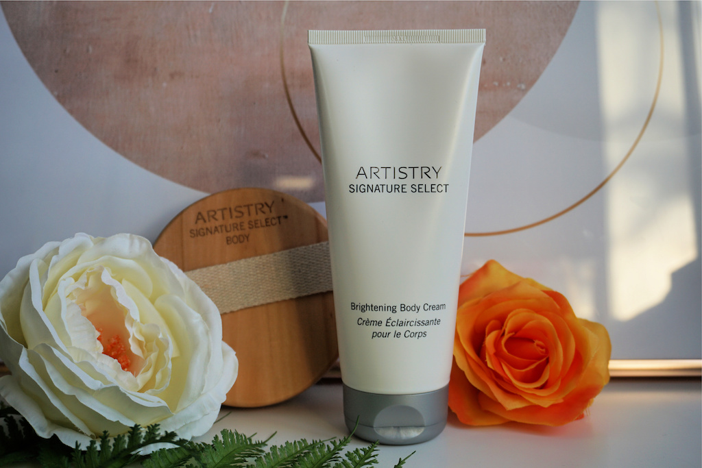 Artistry Signature Select Brightening Body Cream Review