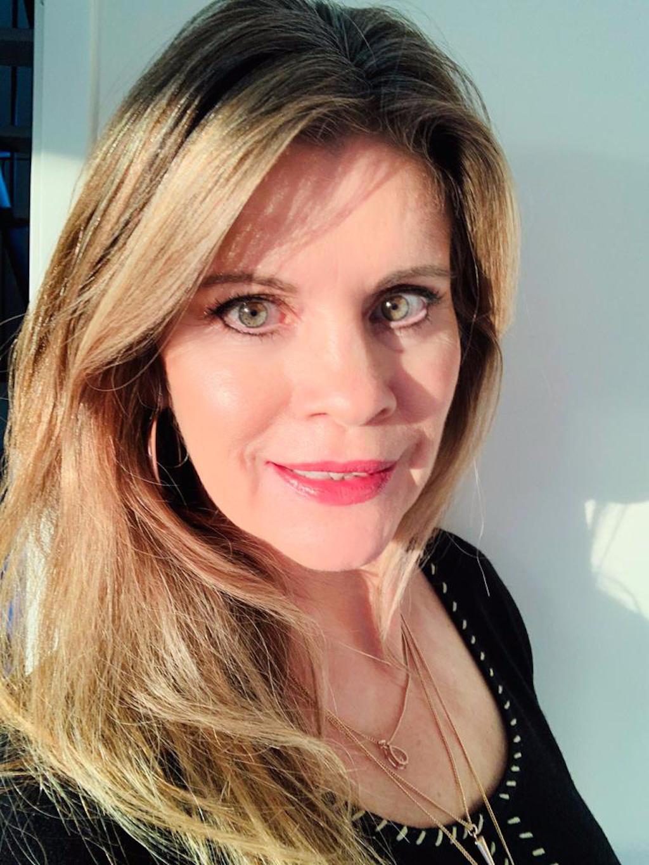Charlotte Tilbury The Retoucher Concealer