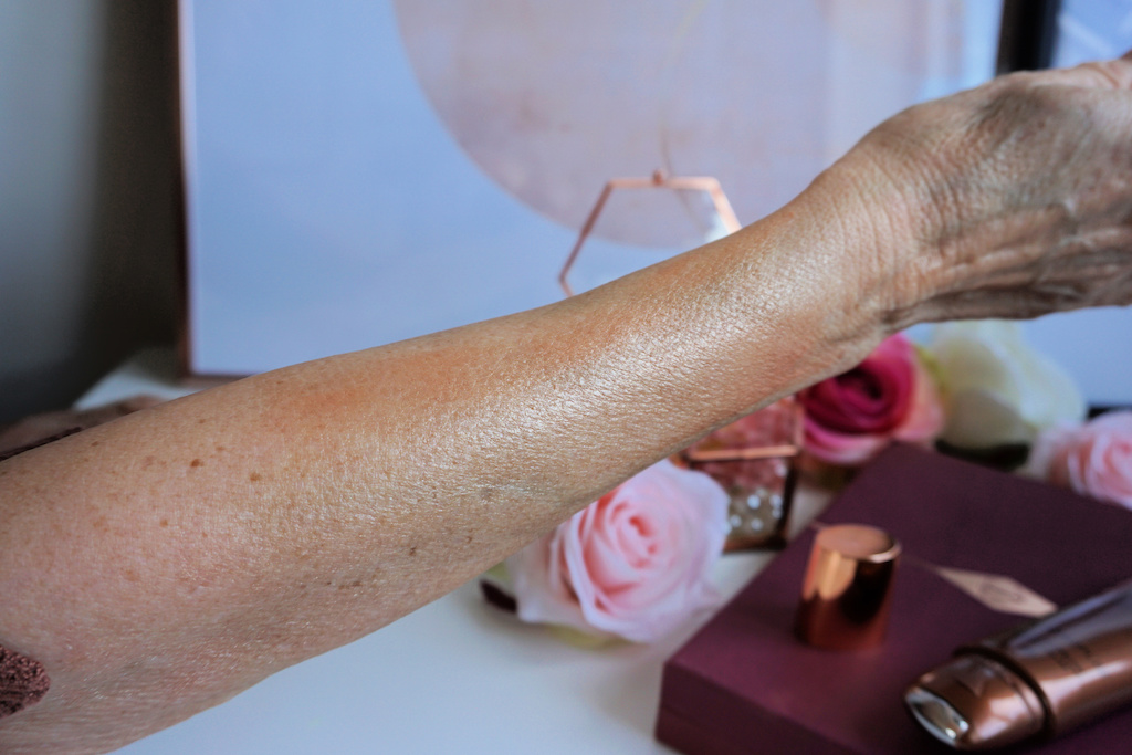 Charlotte Tilbury Supermodel Body Highlighter Review
